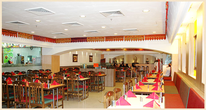 Restaurants In Delhi, Vegetarian Indian Food Place