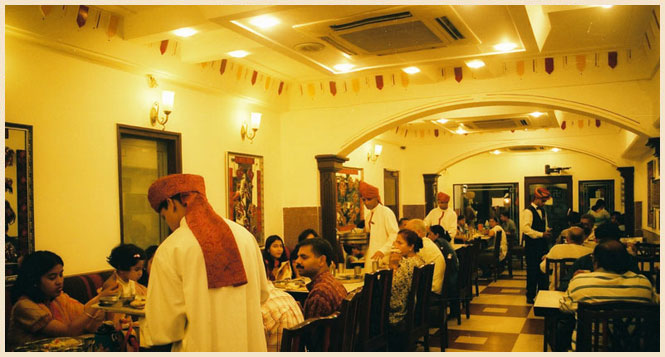 Vegetarian Restaurant in Karol Bagh, New Delhi